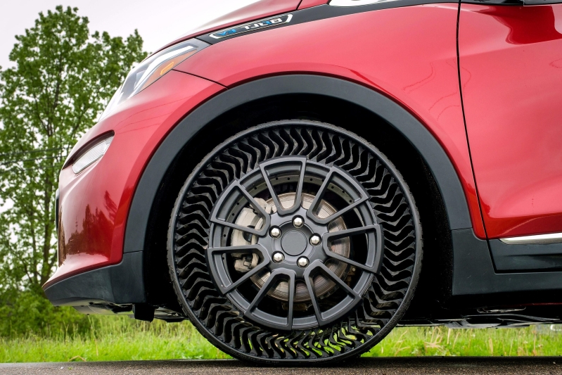 michelin and gm bringing airless tires to the road in 2024 110760